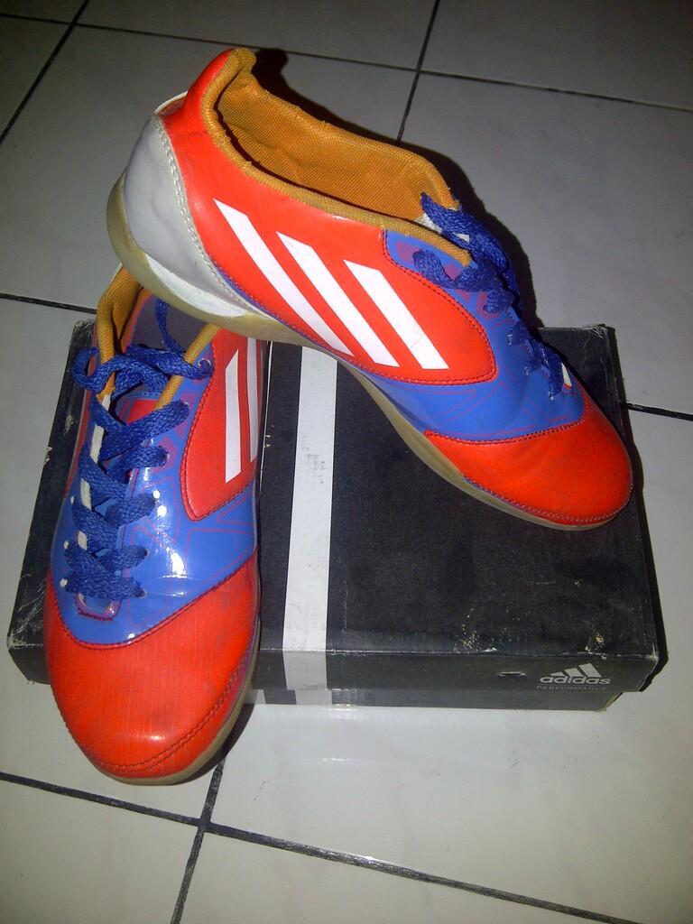 Sepatu Futsal Adidas F50 Micoach