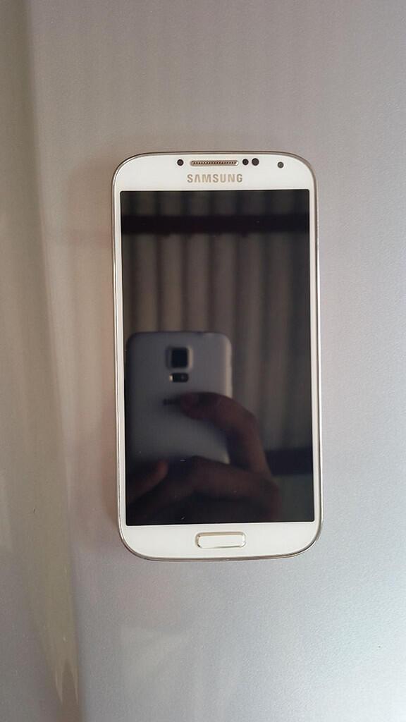 Samsung S4 i9505 4G White 2.500jt aja Baca dulu Fisik Mulus Surabaya