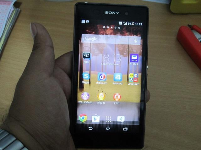 Sony Xperia Z1 16GB Black Garansi Resmi yang Panjaaanngg..