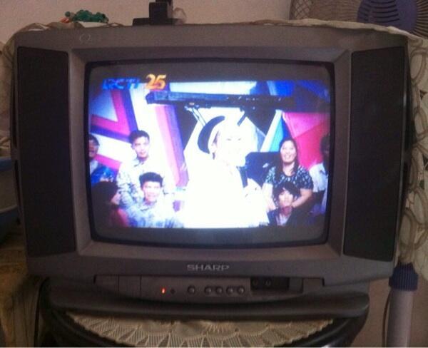 "tv sharp 14"" termurah sekaskus"