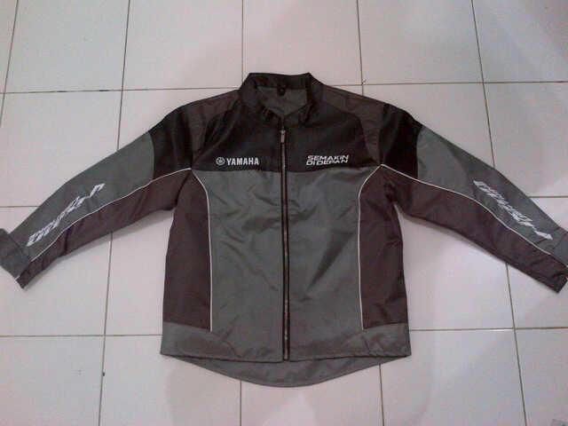Jaket Yamaha New Vixion Lightning Semarang