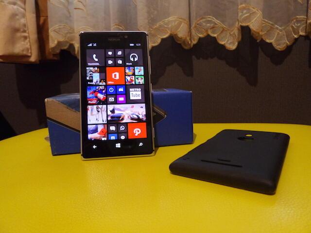 Nokia Lumia 925 Grey Garansi Resmi 10 Bulan