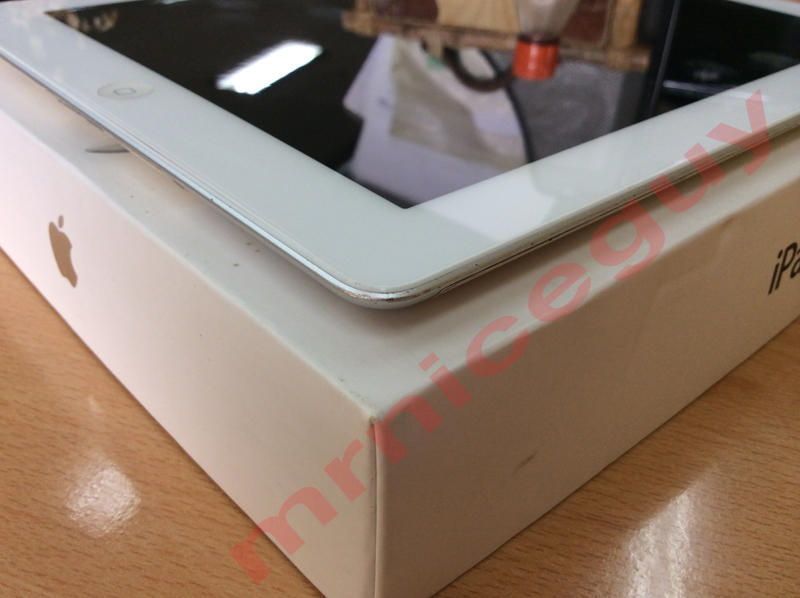 IPAD 2 WHITE 16GB 3G CELL FULLSET MULUS!