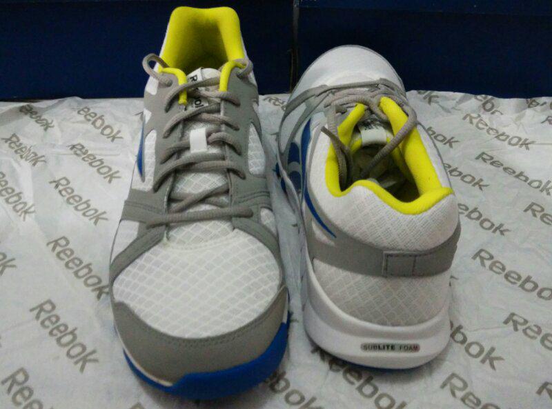 MURAH dan BONUS KAOS KAKI Sepatu Original Reebok ada Basket 32eca2c151