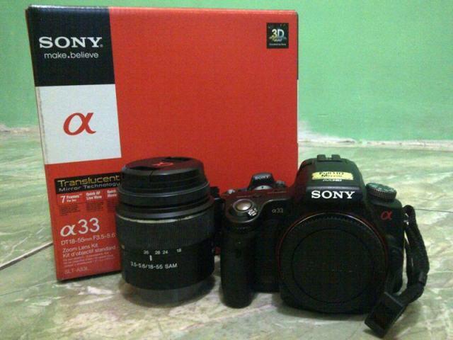 Kamera DSLR Sony Alpha a33 + Lensa 18-55mm & Lensa Fix (Full Set Original + Bonus)