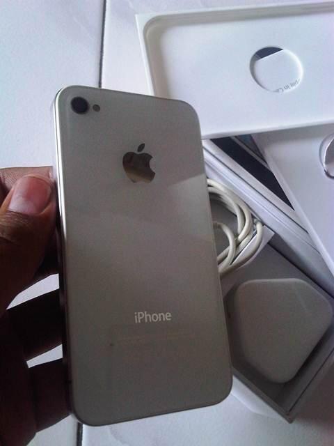 WTS IPHONE 4G 16GB Fulset FU WHITE BANDUNG