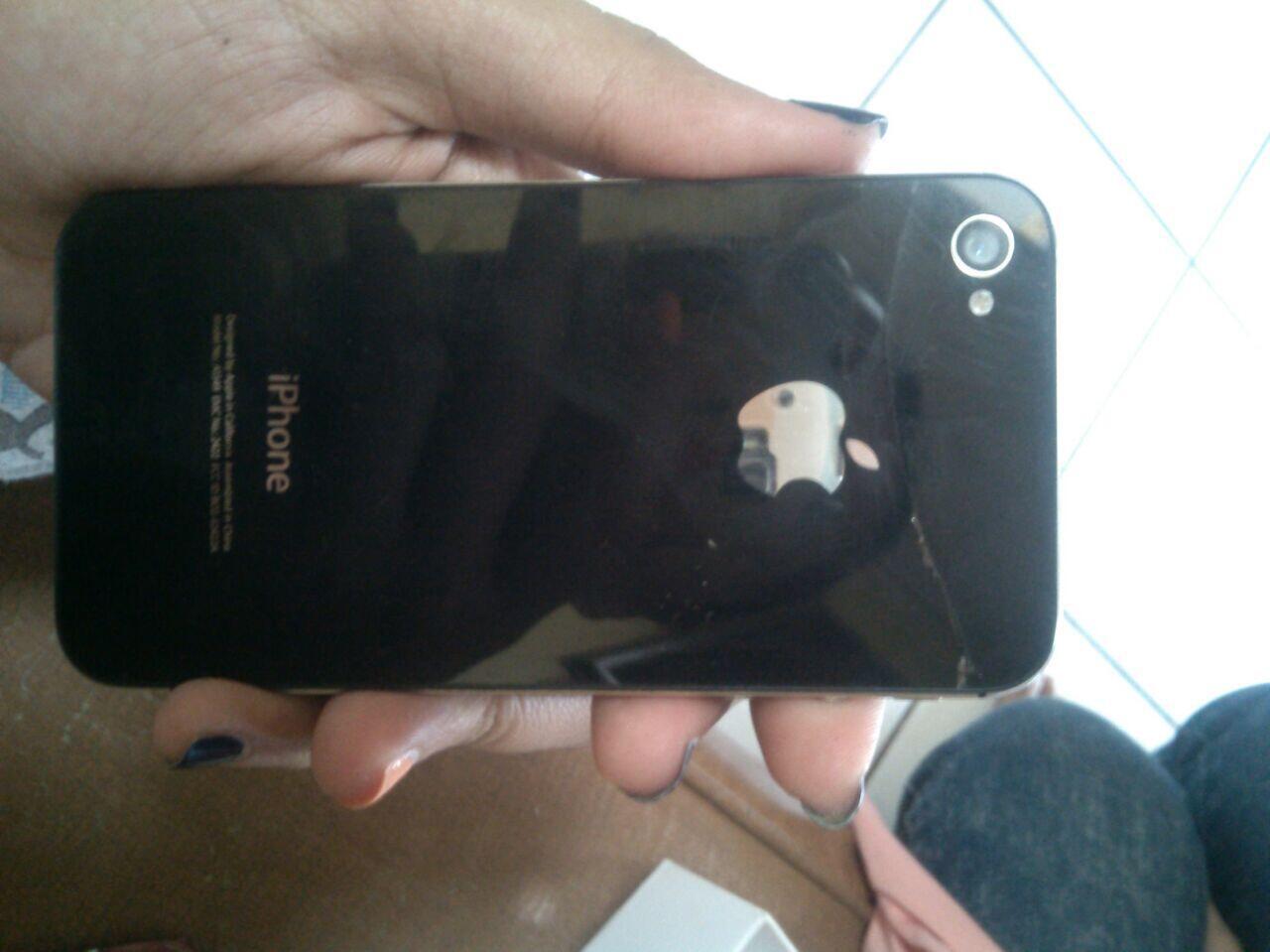 Iphone 4 CDMA 16Gb 2nd Bandung 1,4jt fullset