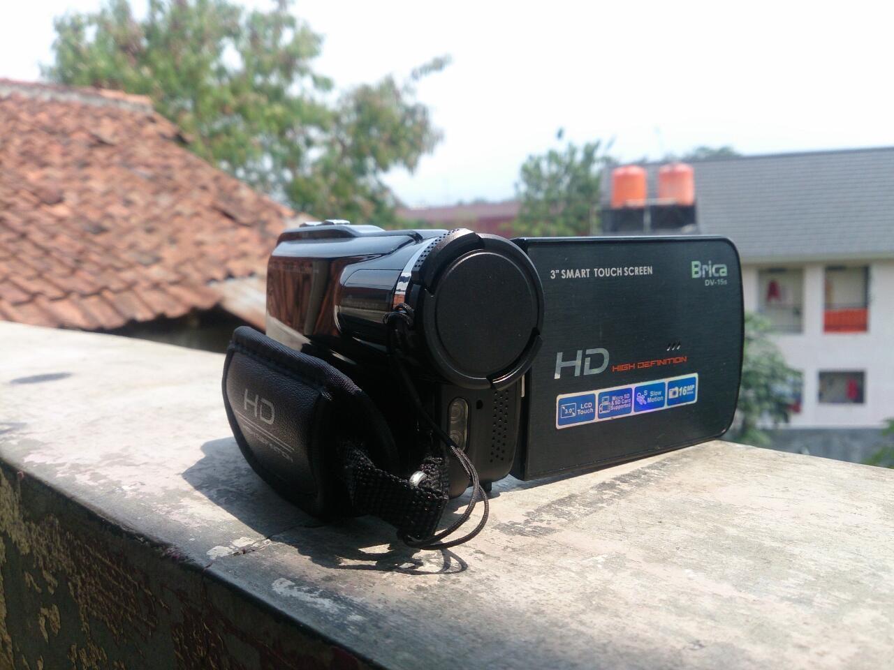 Handycam Brica DV-15s baru 4 bulan pakai mulus fullset COD IPB DRAMAGA BOGOR