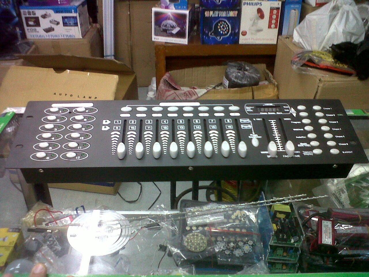 [IMAGINATION MUSIC STORE] Mixer Lighting DMX - 512