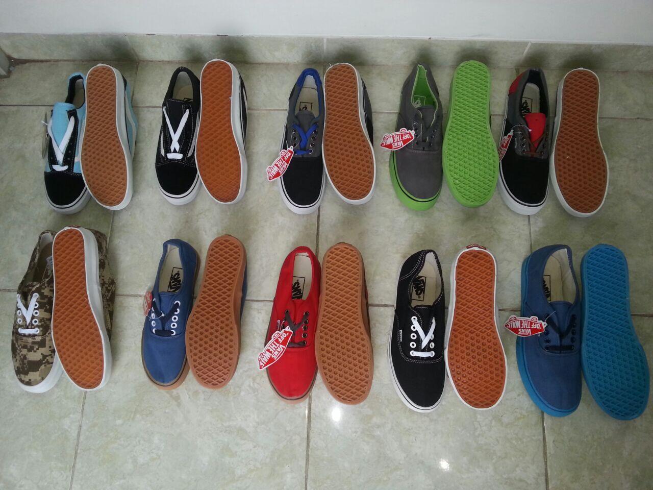 Terjual Hot Sepatu Casual Skets Vans Authentic Old School Import Waf Ifc Termurah Gan