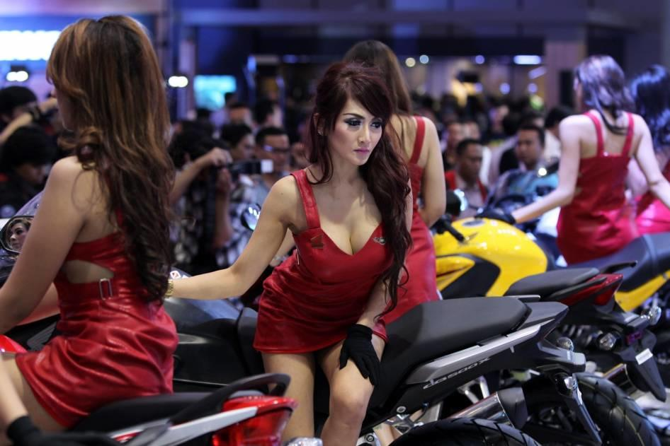 Indonesia cewe makassar - 2 5