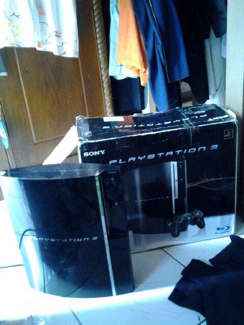 JUAL BU PLAYSTATION / PS 3 YLOD 320GB