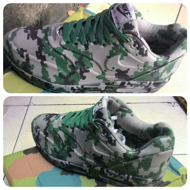 """NIKE AIR MAXIM 1 FRANCE SP size 40-45 """"LIMITED"""""""