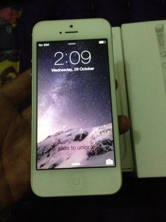 Iphone 5 16GB FU Silver Like new mulus bgt