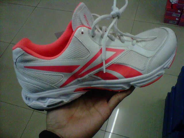 Sepatu Reebok Running Original 100%
