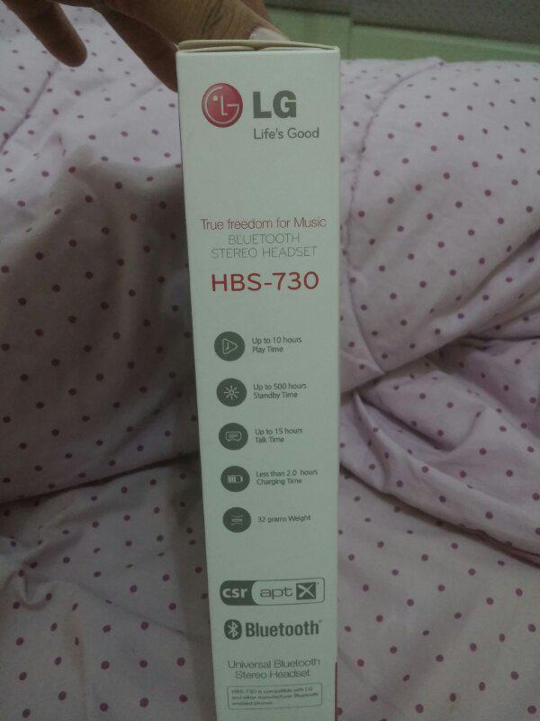 BNIB Bluetooth Stereo Headset LG HBS-730 (WHITE)