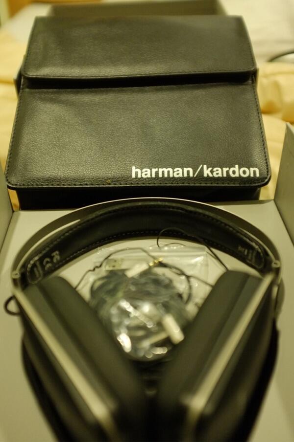 HEADPHONE NOISE CANCELING HARMAN KARDON NC