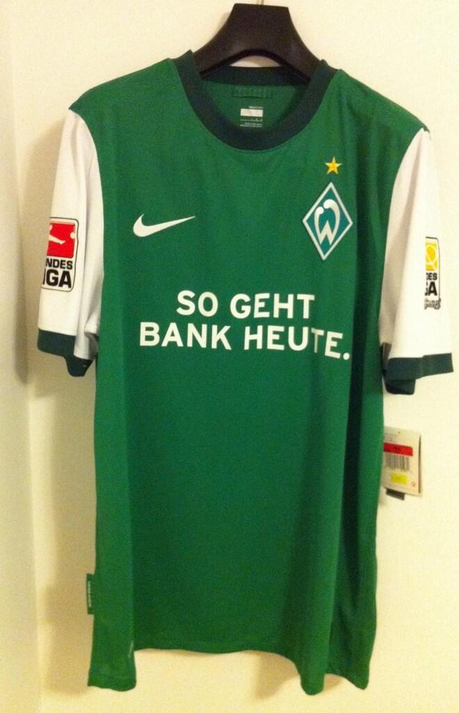PRE ORDER JERSEY HOME SV WERDER BREMEN 2009/2010 (Mesut Ozil Fans Masuk!!! )