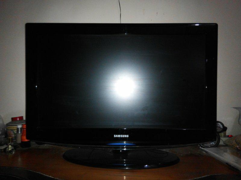 Samsung LCD TV LA32R81BX 32 INCH Normal Mulus