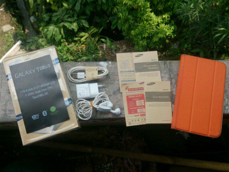 """JUAL Galaxy Tab 3 7.0"""" T211 16GB+3G Original Fullset Mulus COD IPB Dramaga - Bogor"""