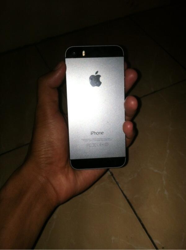 Iphone 5s black buat kanibalan