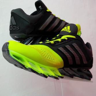 JUAL : Nike Freerun, Adidas Springblade Original Murah