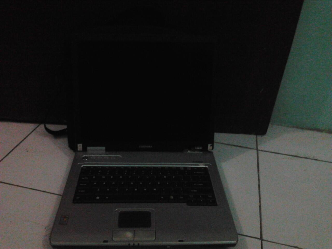 Laptop Toshiba Satelite Murah.... Surabaya