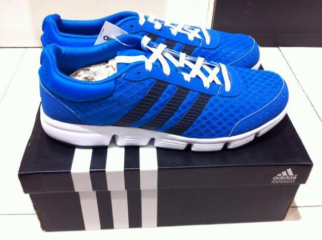 Jual Sepatu Running Adidas Breeze M 100% ORIGINAL