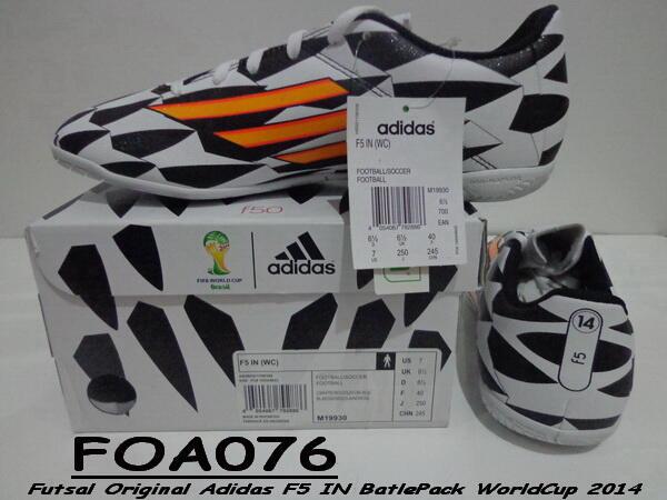 9c9315f2ec7 Sale CUCI GUDANG Sepatu Futsal ADIDAS - NIKE - SPECS Original Mumer  (Surabaya) ...