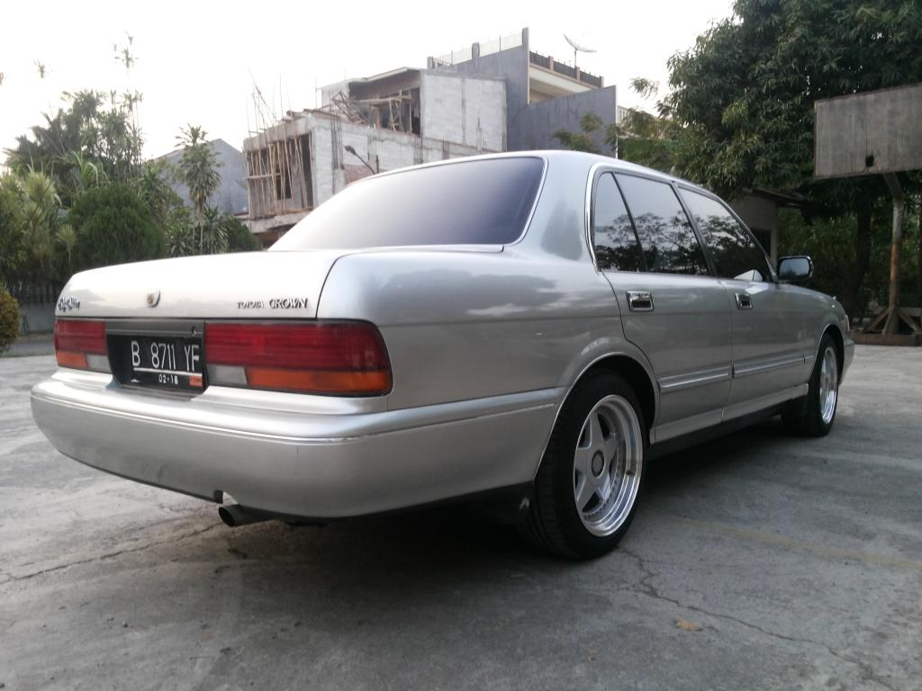 Toyota Crown RS 92 Restorasi dengan Genuine Parts Toyota