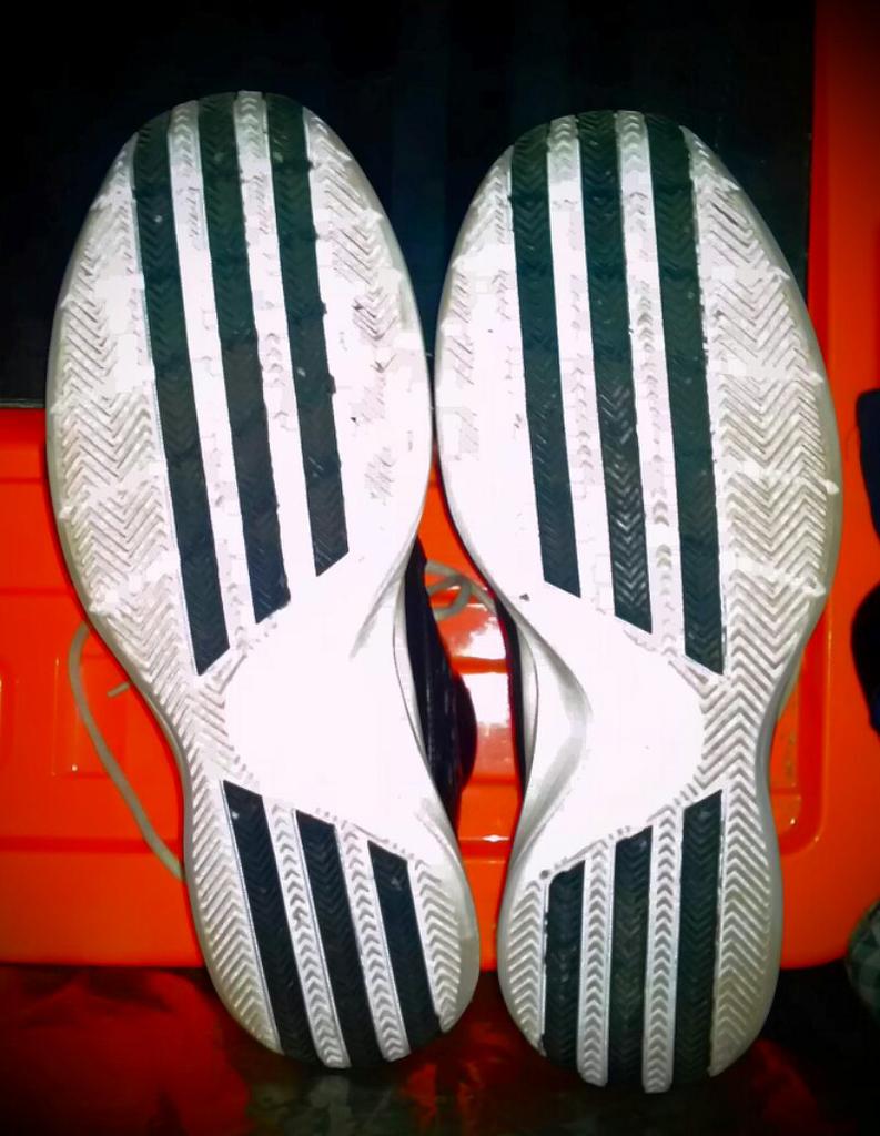 Sepatu basket adidas ukuran 46 murah! rose 3.5