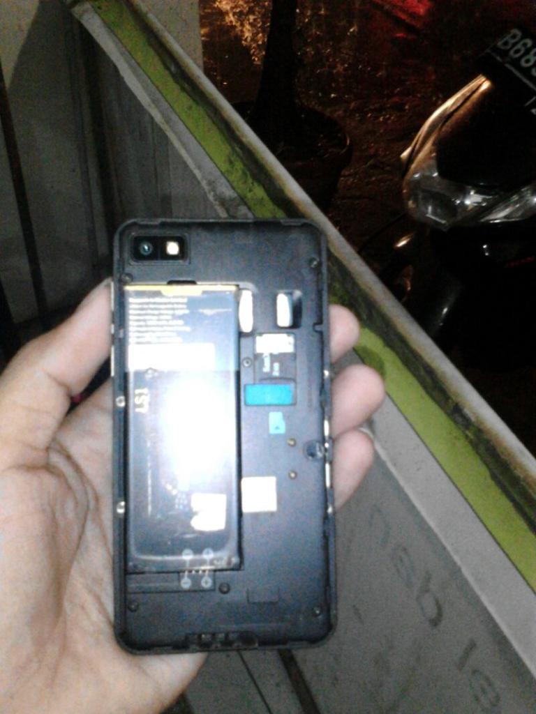 Z10 black ex TAM murah, TT ,atau Barter