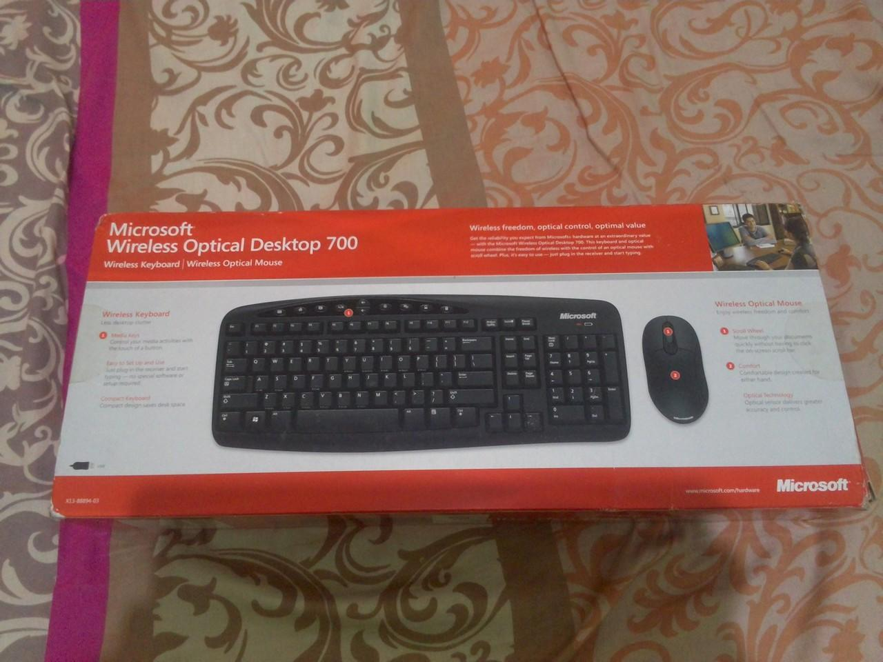 Jual BNIB Microsoft Optical Desktop 700