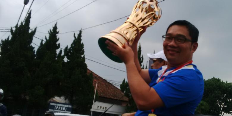 Ridwan Kami Janjikan Ganti Rugi jika Ada Kendaraan Dirusak di Bandung