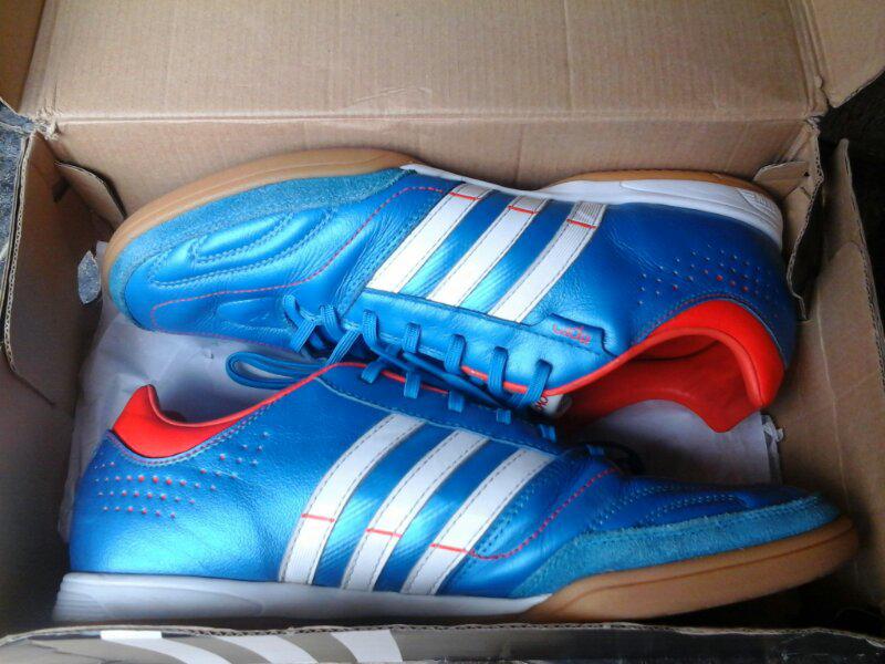 sepatu futsal adidas 11 nova ori (full kulit), size 44