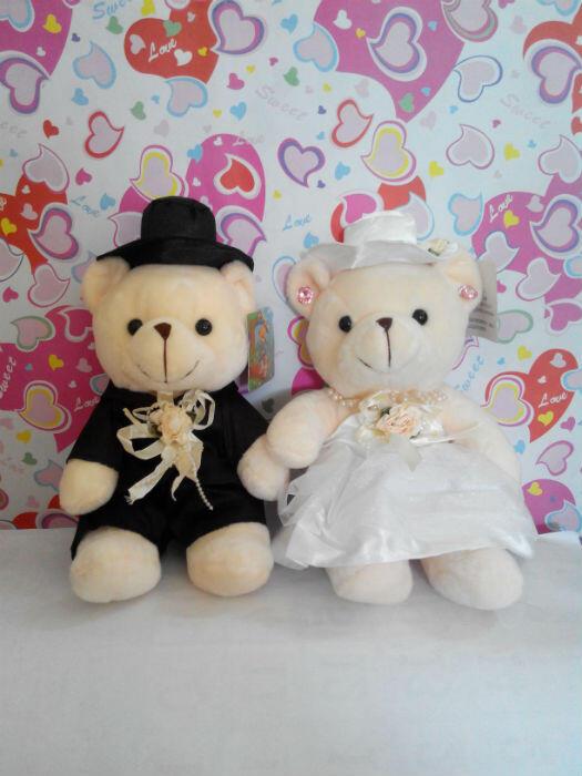 Terjual Boneka Wedding Bear  17f724c8b5