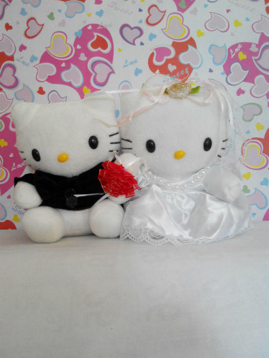 BONEKA PENGANTIN HELLO KITTY - BONEKA WEDDING HELLO KITTY - HELLO KITTY  COUPLE ef35c6fb96