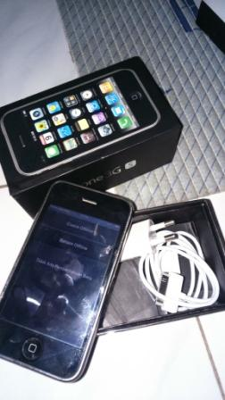 IPHONE 3GS 8GB LENGKAP