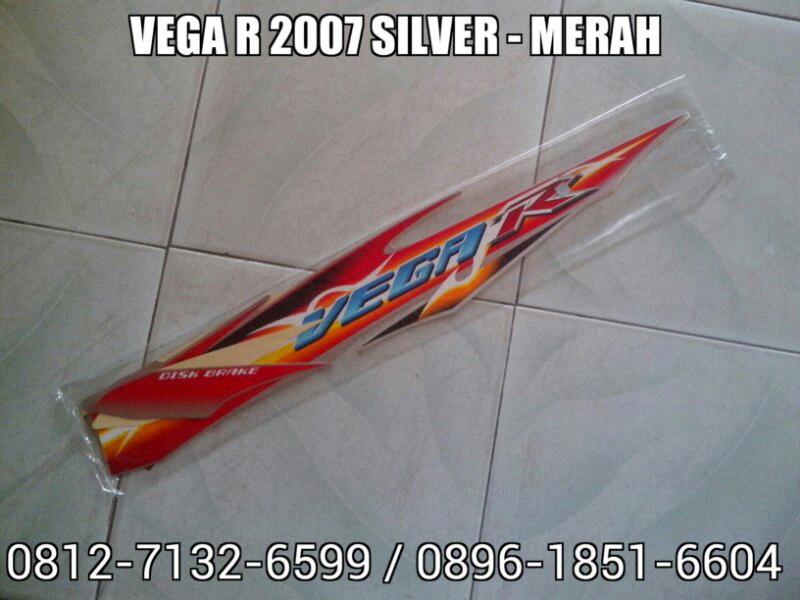 Striping Vega R 2007 Silver - Merah