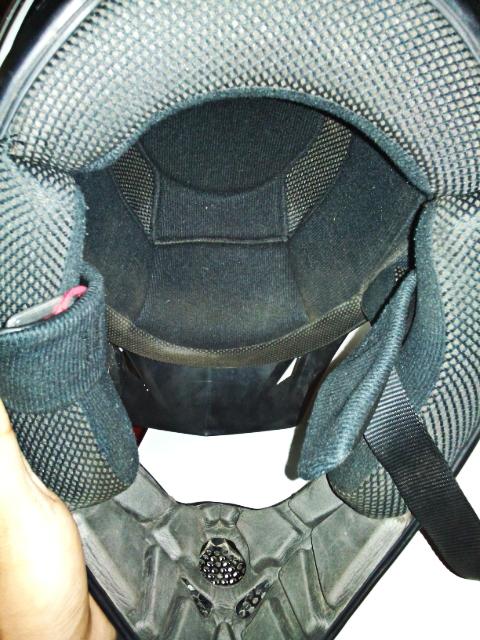 Dijual helm Moto Cross AGV Murah Bogor