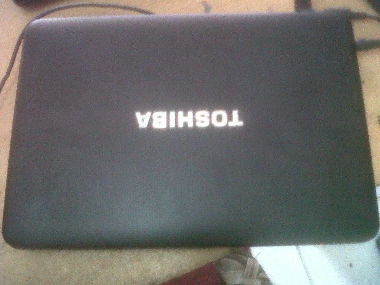 Di jual murah laptop toshiba C800