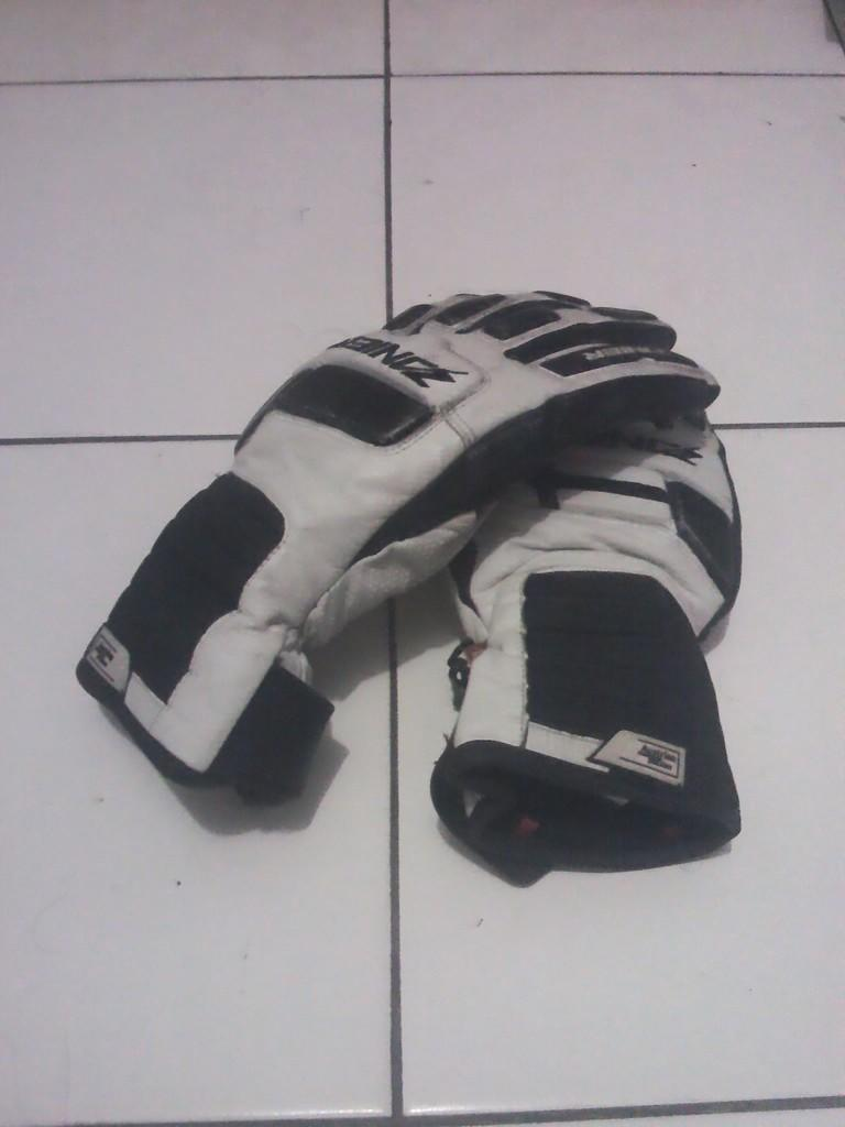 Jual Glove / Sarung Tangan Waterproof
