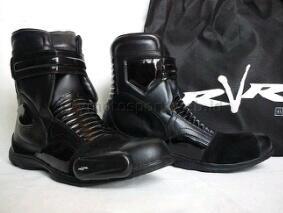Sepatu Touring Rvr Reckon