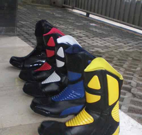 Sepatu Touring Rvr Slight
