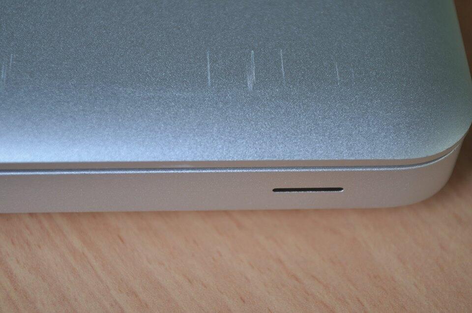 "MacBook Pro ""Core i5"" 2.3 13"" Early 2011 /MC700LL/A"