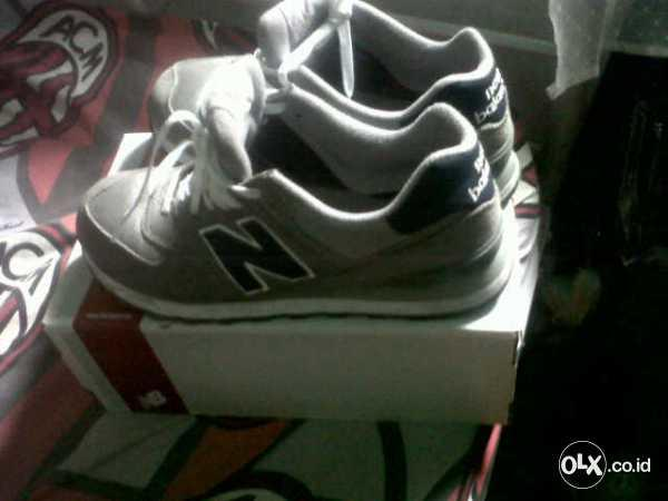 jual new balance 574 2nd ori