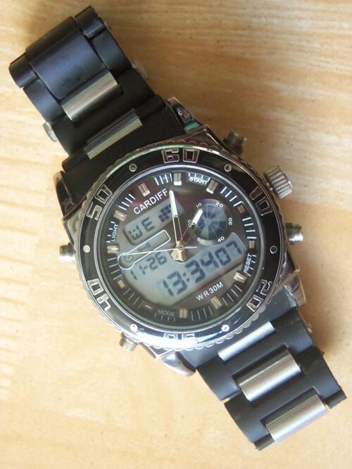 Jam Tangan CARDIFF DT-10805 Black Original