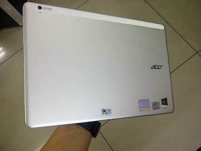 Jual Acer ASPIRE P3 - 171 Murah Lengkap Mulus