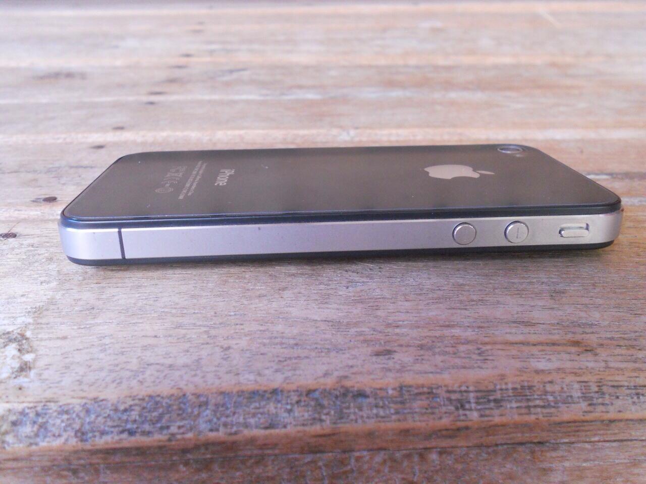 Jual iPhone 4G 8GB FU Black Second MULUS gan