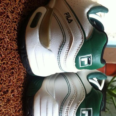 ORI Sepatu Bola Nike Tiempo Flight dan Sepatu Tenis FILA MURCE. 2nd Bekas  Second. 0970eca09b